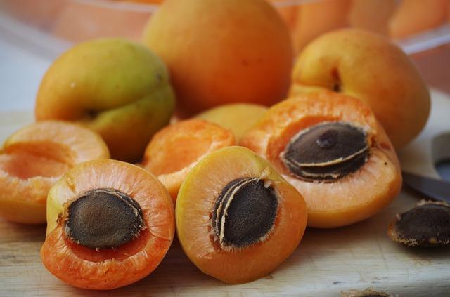 Apricots, Seeds, Kernels, Laetrile, Vitamin B17